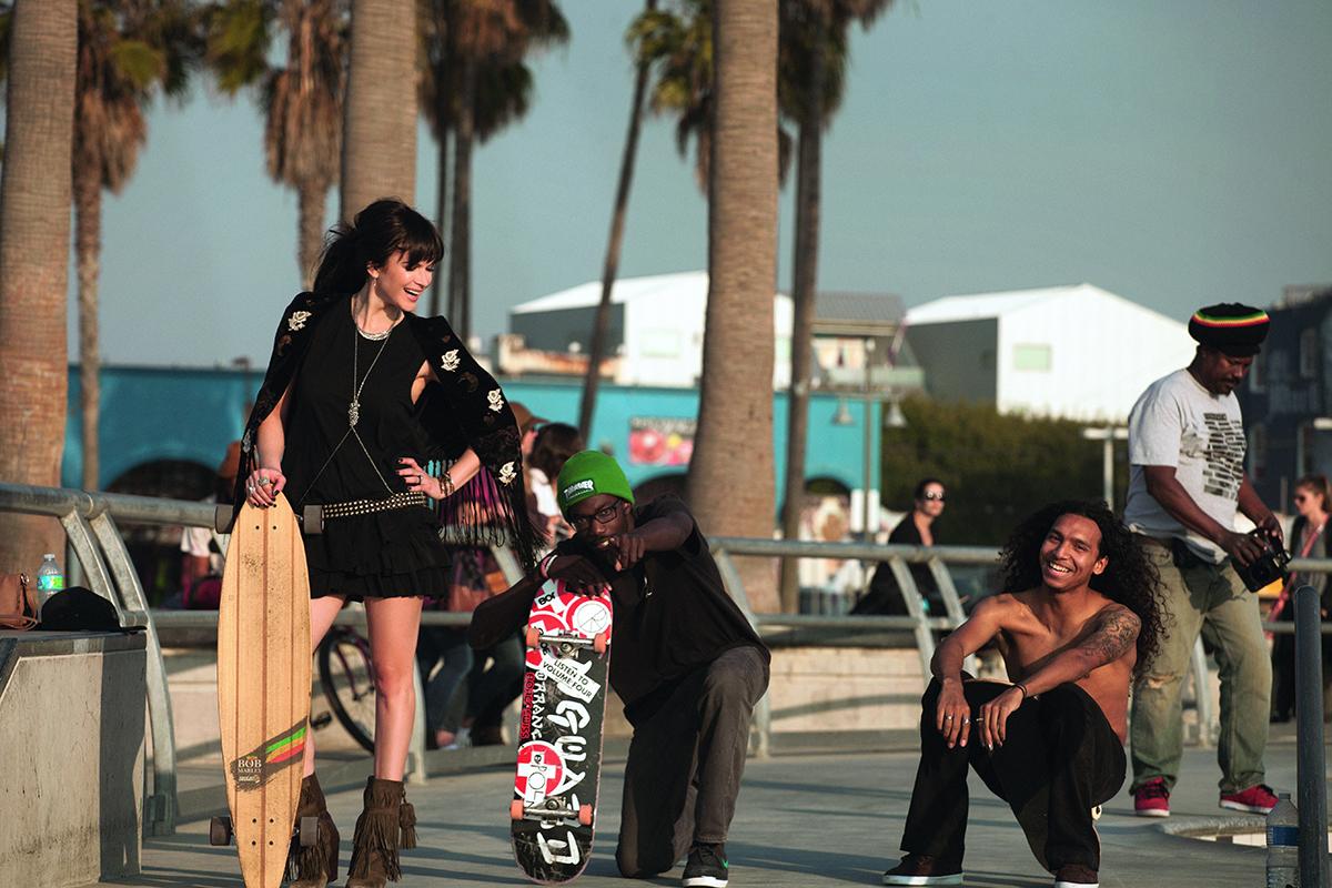 Monica-Barladeanu,-Venice-Beach,-LA_2