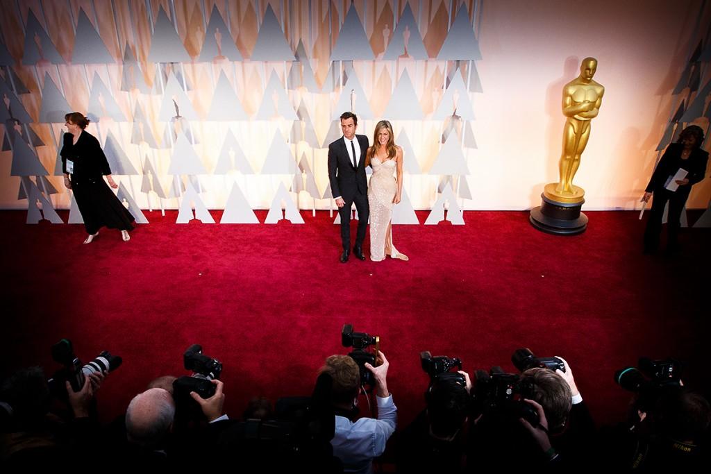 Jennifer Aniston și Justin Theroux la decernarea Premiilor Oscar în 2015.