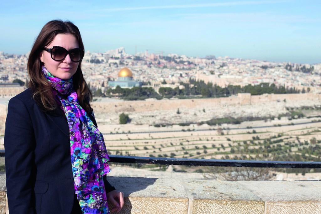 Raluca-Hagiu-in-Israel_1200x800px