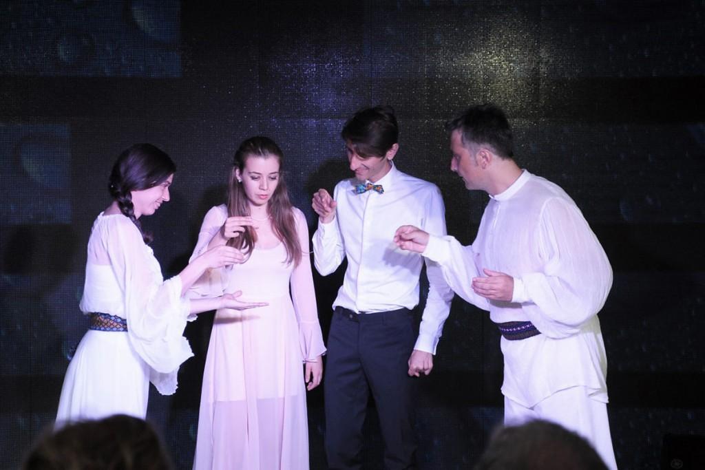 Trupa-pantomima_instantaneu_blog