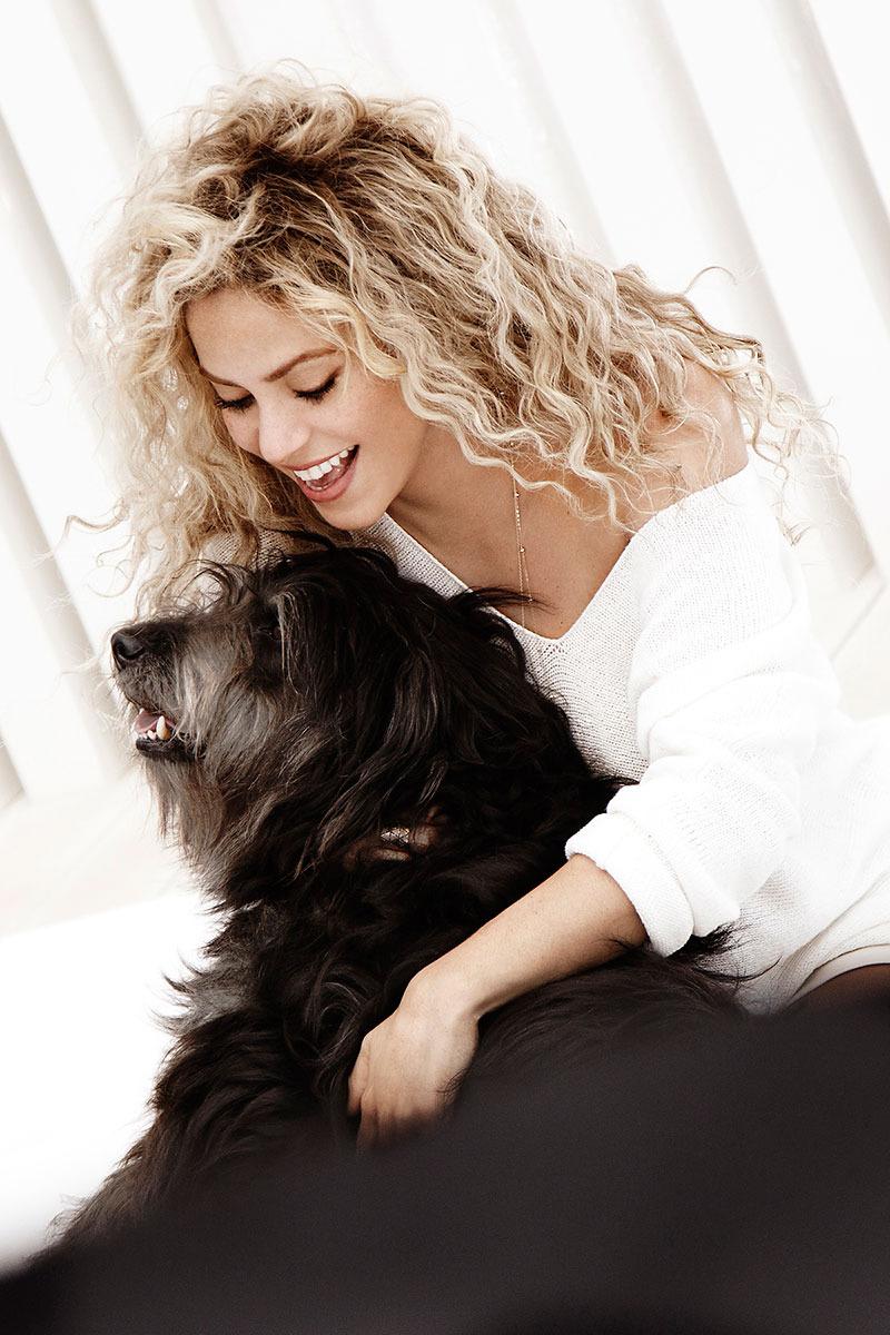 Shakira_TheIdealist_5