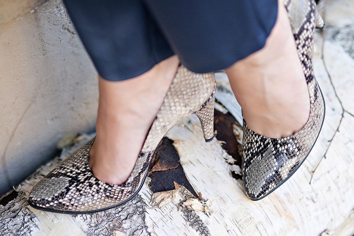 Pantofi-ECCO-Shape,-detaliu-street-style