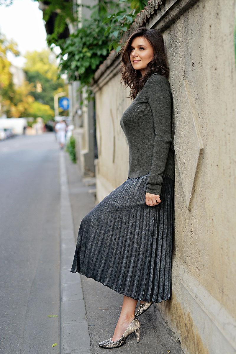 Raluca-Hagiu,-tinuta-H&M,-pantofi-ECCO, strada Paris