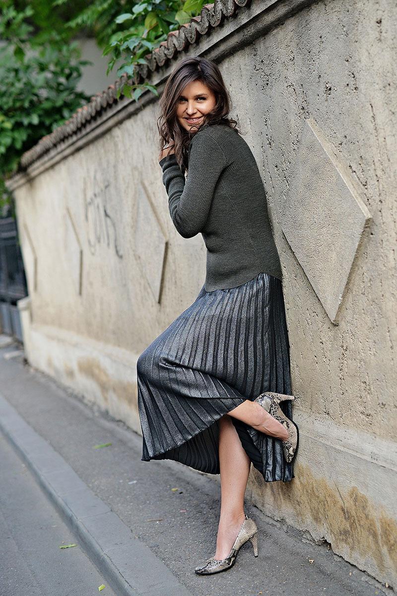 Raluca-Hagiu_tinuta-H&M,-pantofi-ECCO-Shape,-foto-by-The-Storyalist,-strada-Paris,