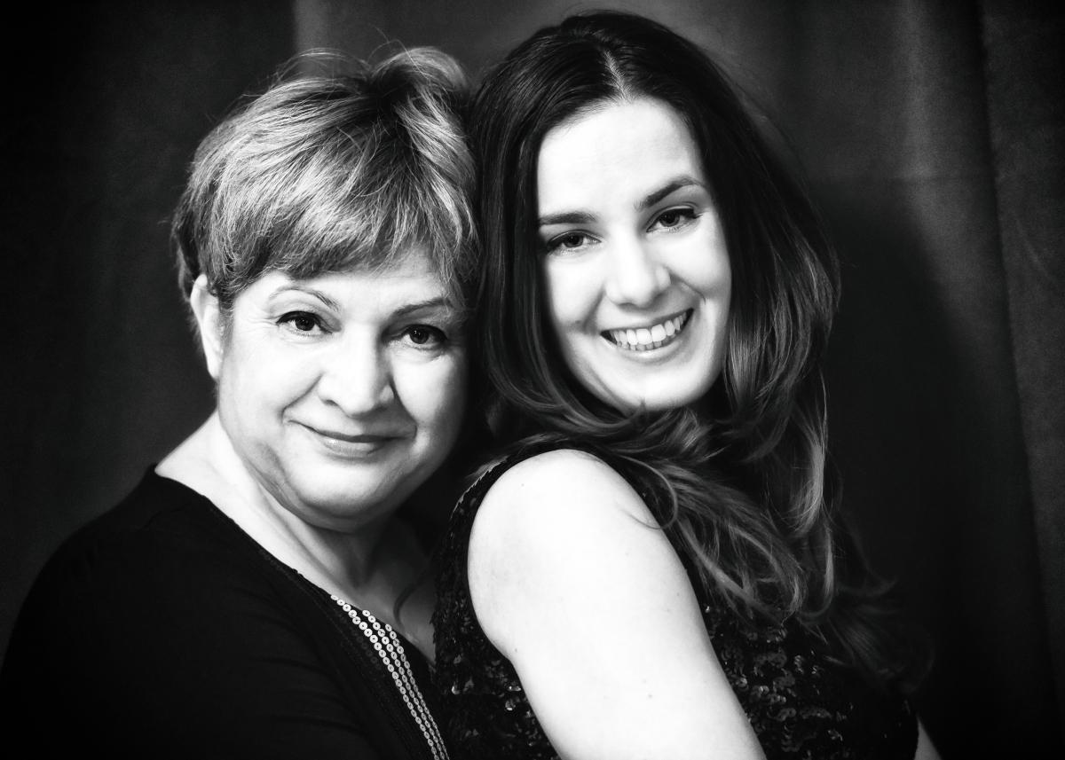 Irina Sarbu si Cristina Sarbu