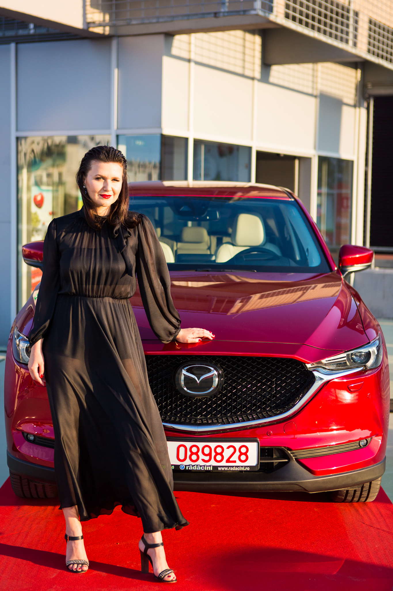 unica-rooftop-party-raluca-hagiu-mazda-red.