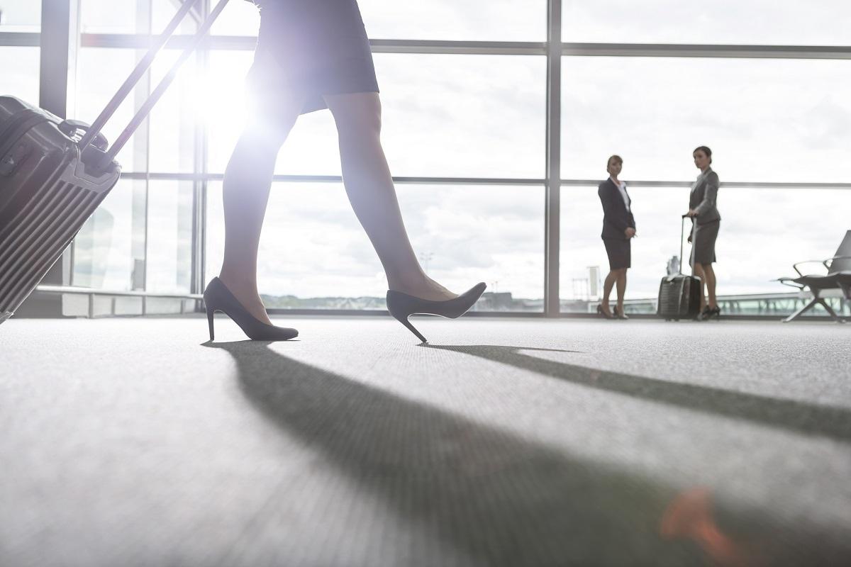 provocarile unei Stewardese